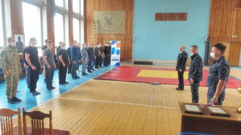 В Твери прошли соревнования по гиревому спорту среди полицейских