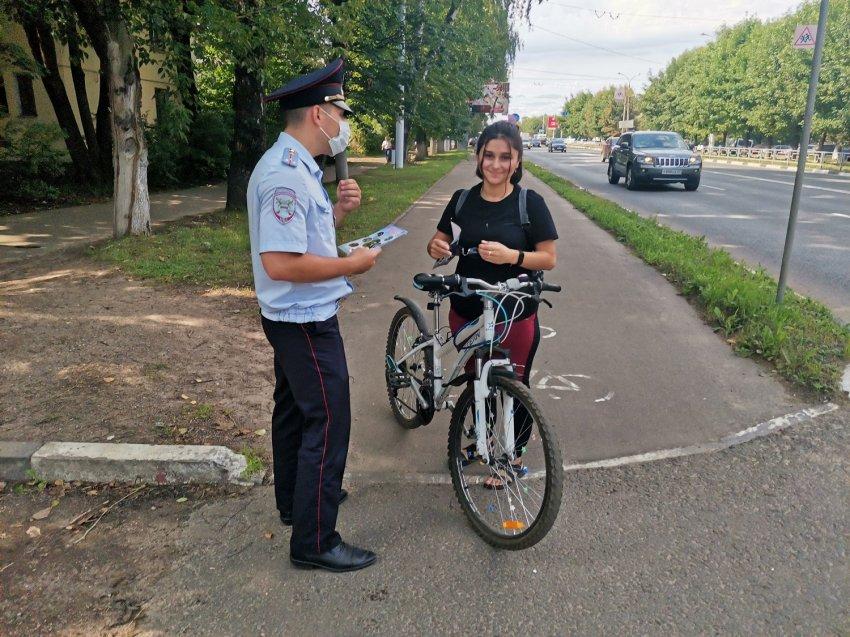 Сотрудники тверской Госавтоинспекции провели акцию «Мой друг – велосипед!»