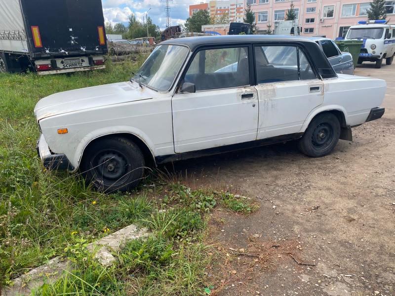 В Калининском районе полицейские раскрыли угон автомобиля