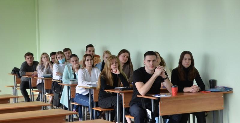 Тверские полицейские рассказали студентам о порядке поступления на службу в ОВД